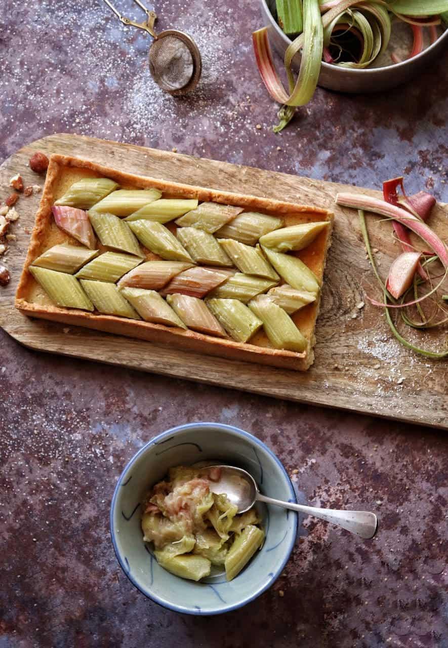 Tarte à la rhubarbe  - Recette de Baroudeuse Culinaire