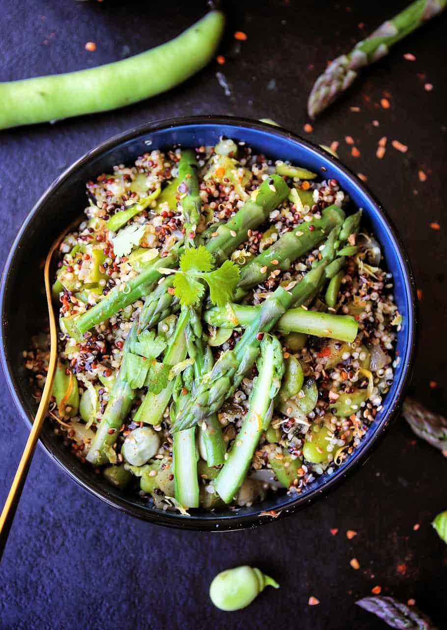 Quinoa, fèves, asperges & wakamé  - Recette de Baroudeuse Culinaire